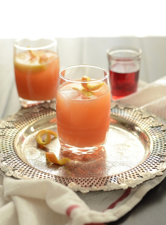 """<strong>Get the <a href=""""http://www.versesfrommykitchen.com/2012/02/the-barfly-cocktail-aka-the-house-special.html"""" target=""""_"""