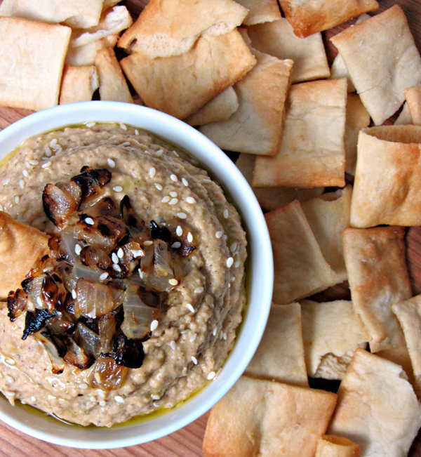 "<strong>Get the <a href=""http://cookingwithcakes.com/caramelized-onion-hummus/"" target=""_blank"">Caramelized Onion Hummus</a>"