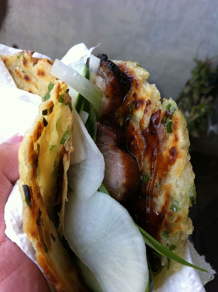 "<strong>Get the <a href=""http://food52.com/recipes/12336-peking-pork-belly-tacos"" target=""_blank"">Peking Pork Belly Tacos</a>"