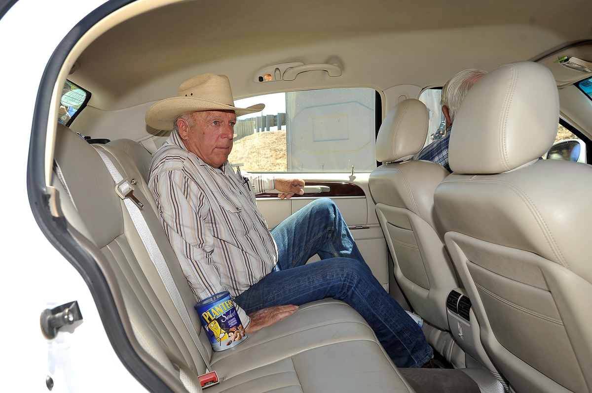 BUNKERVILLE, NV - APRIL 24:  Rancher Cliven Bundy departs after a news conference near his ranch on April 24, 2014 in Bunkerv