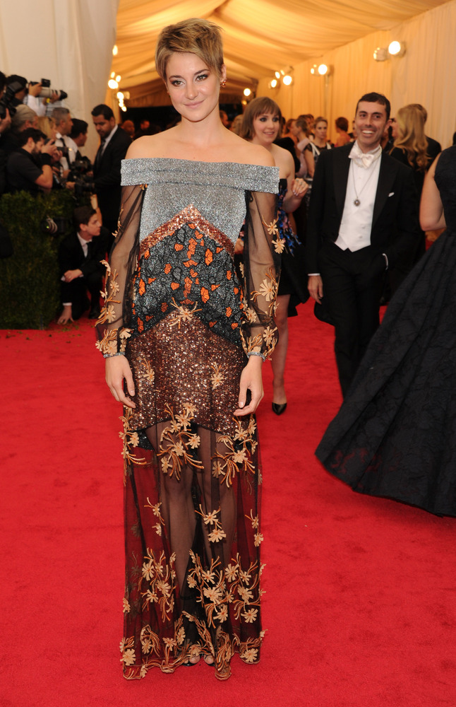 We love how Shailene marches to her own beat when it comes to fashion, but this gown just looks bizarre. All the different co