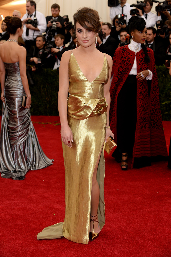 Lea Michele, just because you have a tony-award winning voice, doesn't mean you need to dress like one.