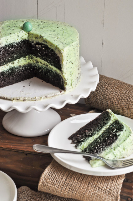 """<strong>Get the <a href=""""http://lemon-sugar.com/2013/03/mint-chocolate-chip-cake.html/"""" target=""""_blank"""">Mint Chocolate Chip C"""