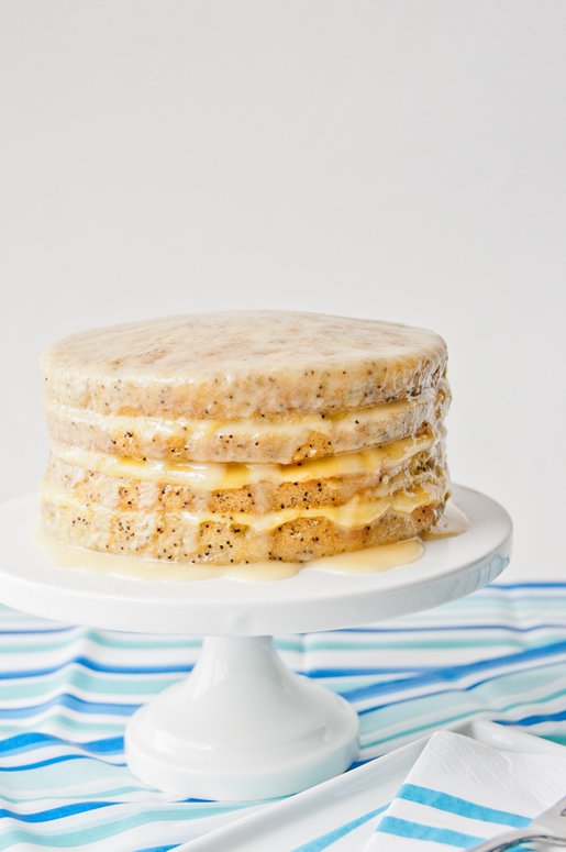 """<strong>Get the <a href=""""http://hungryrabbitnyc.com/2011/09/poppyseed-cake-w-passion-fruit-curd/"""" target=""""_blank"""">Poppyseed C"""