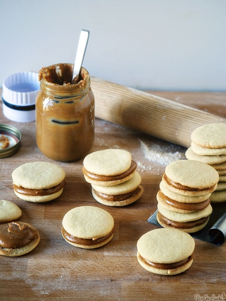"""<strong>Get the <a href=""""http://passthesushi.com/baked-elements-review-alfajores-and-dulce-de-leche/"""" target=""""_blank"""">Alfajor"""