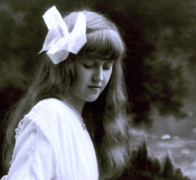 """Huguette Clark as a teenager. """"See more photos of Huguette Clark and her empty mansions at emptymansionsbook.com."""""""