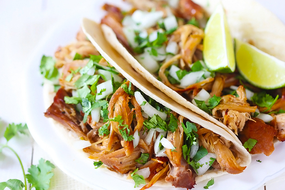 "<strong>Get the <a href=""http://www.gimmesomeoven.com/crispy-slow-cooker-carnitas/"" target=""_blank"">Crispy Slow Cooker Carnit"