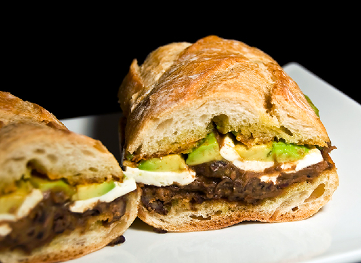 "<strong>Get the <a href=""http://thelittlegsp.com/2012/07/15/mexican-tortas/"" target=""_hplink"">Mexican Tortas with Chorizo and"