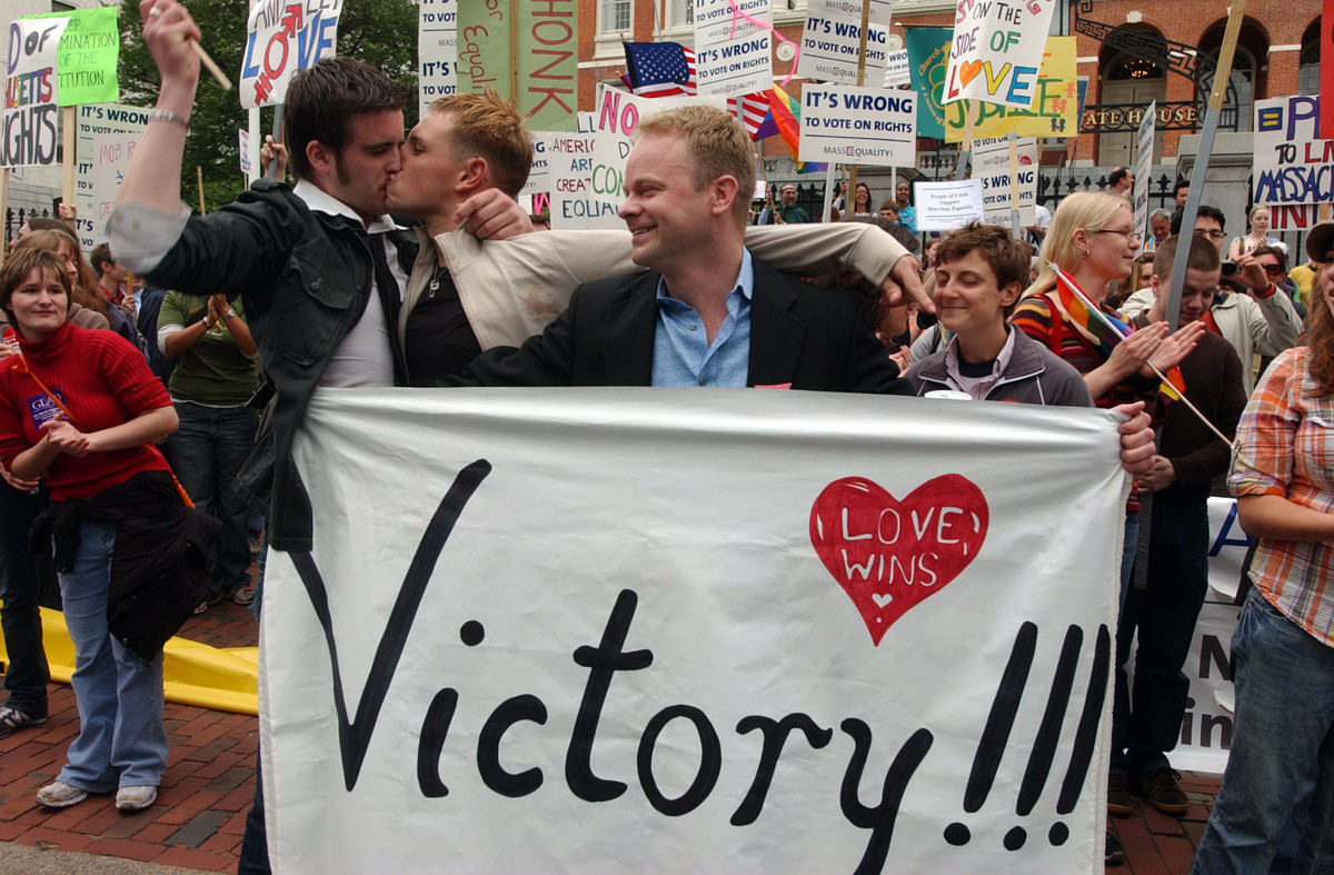 "Massachusetts <a href=""http://www.huffingtonpost.com/2013/11/16/massachusetts-gay-marriage_n_4288726.html"" target=""_blank"">be"
