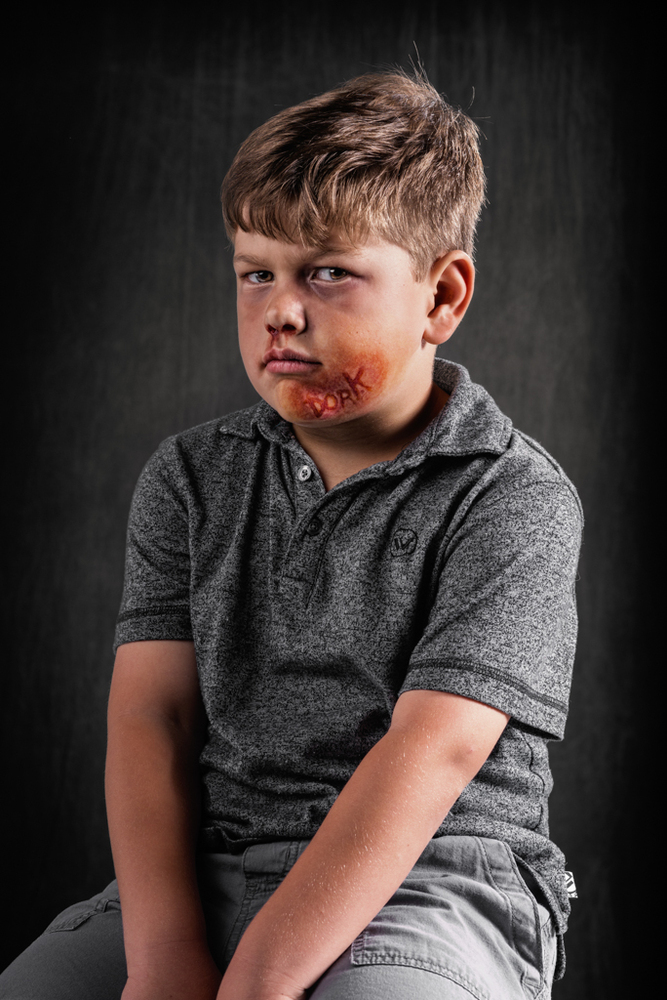 Photographer Captures A World Where Verbal Abuse Leaves