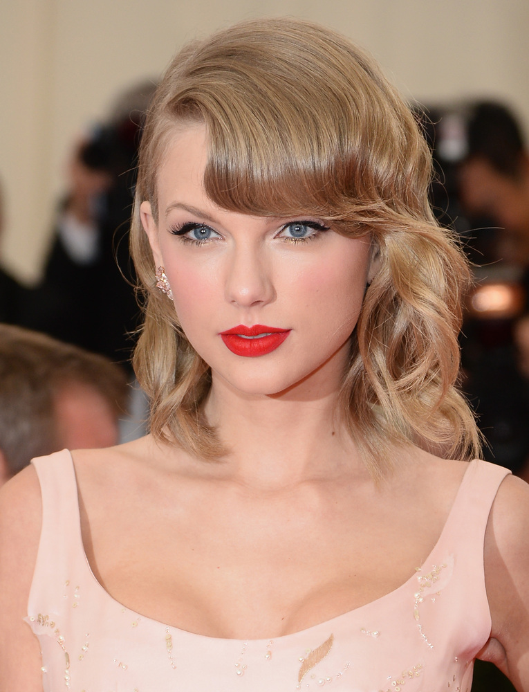 Rockin' her signature pout at the 2014 Met Gala.