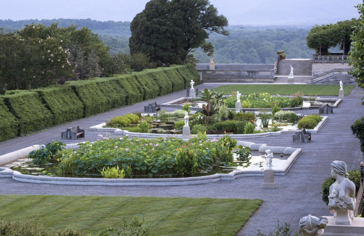 "<b>See More of <a href=""http://www.travelandleisure.com/articles/americas-most-beautiful-gardens/9"">America's Most Beautiful"