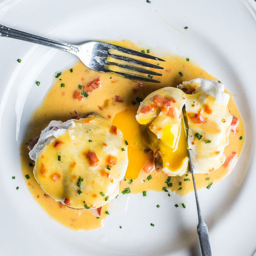 "<strong>Get the <a href=""https://food52.com/recipes/23251-fried-green-tomato-benedict-with-smithfield-ham-pimiento-cheese-hol"