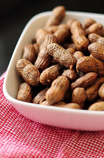 "<strong>Get the <a href=""http://shewearsmanyhats.com/2010/03/boiled-peanuts/"" target=""_hplink"">Boiled Peanuts recipe</a> from"