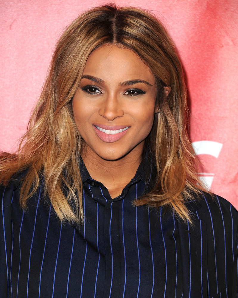 this is obviously the celebrity haircut of the summer | huffpost