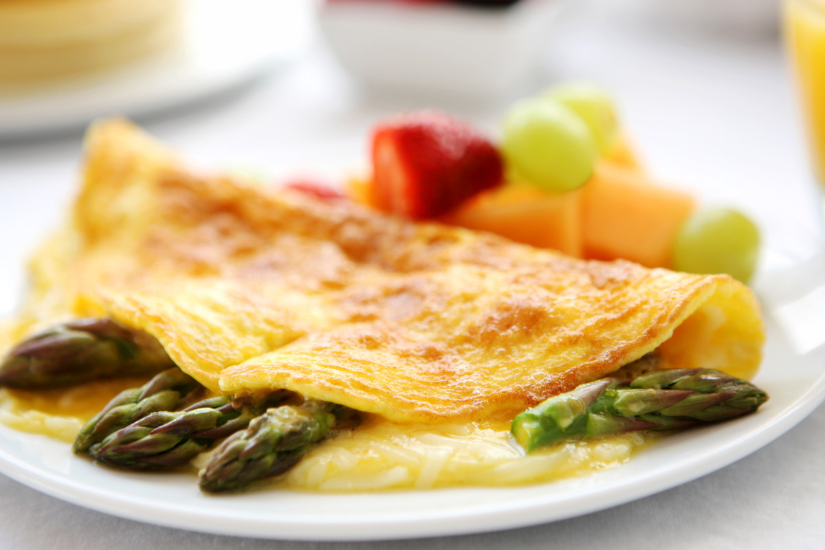 This A.M. meal is all about what you add: Asparagus and onions are rich in flavonoids, which, studies suggest, may help block