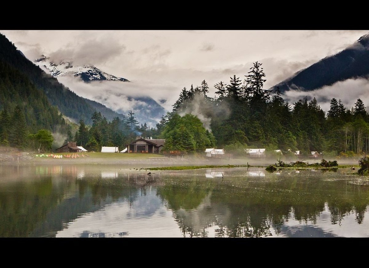"""In idyllic and isolated Bedwell Sound on British Columbia's Vancouver Island, <a href=""""http://www.kiwicollection.com/hotel-de"""