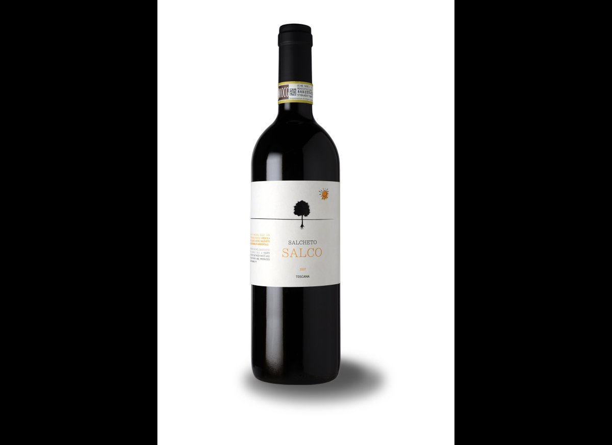 """<strong><a href=""""http://www.departures.com/slideshows/wine-guide-how-to-give-the-perfect-bottle/7"""" target=""""new"""">See More Perf"""