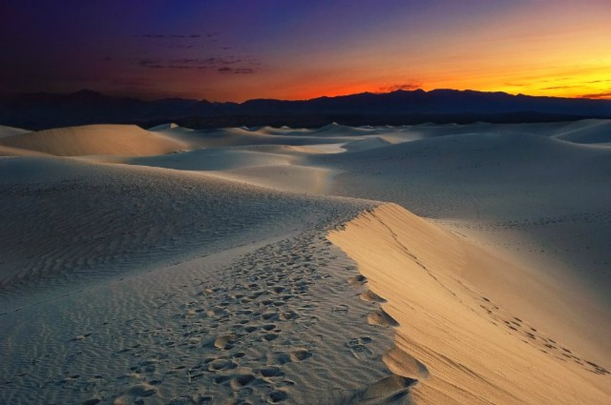 Location: California & Nevada Last Year's Rank: 11 <br> In 1917, Death Valley experienced 52 days—43 consecutive—with temp
