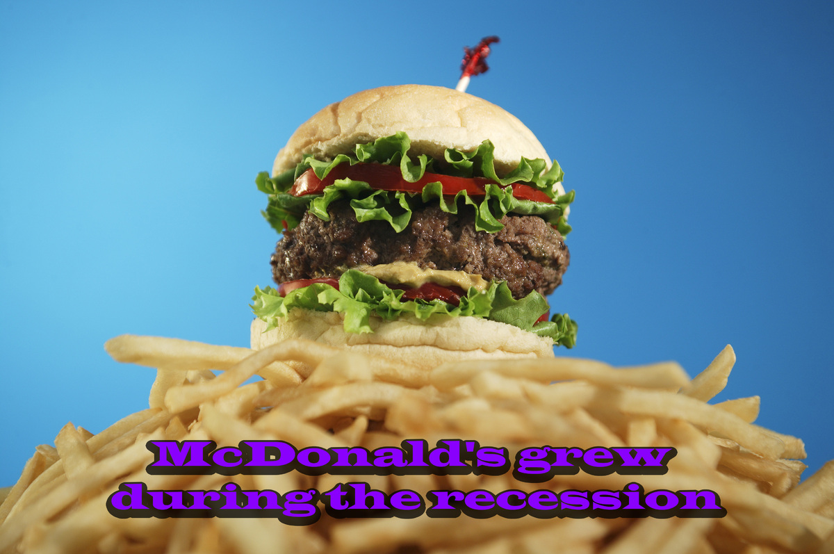 "McDonald's had <a href=""http://www.slate.com/articles/business/moneybox/2009/08/who_won_the_recession.html"" target=""_hplink"">"