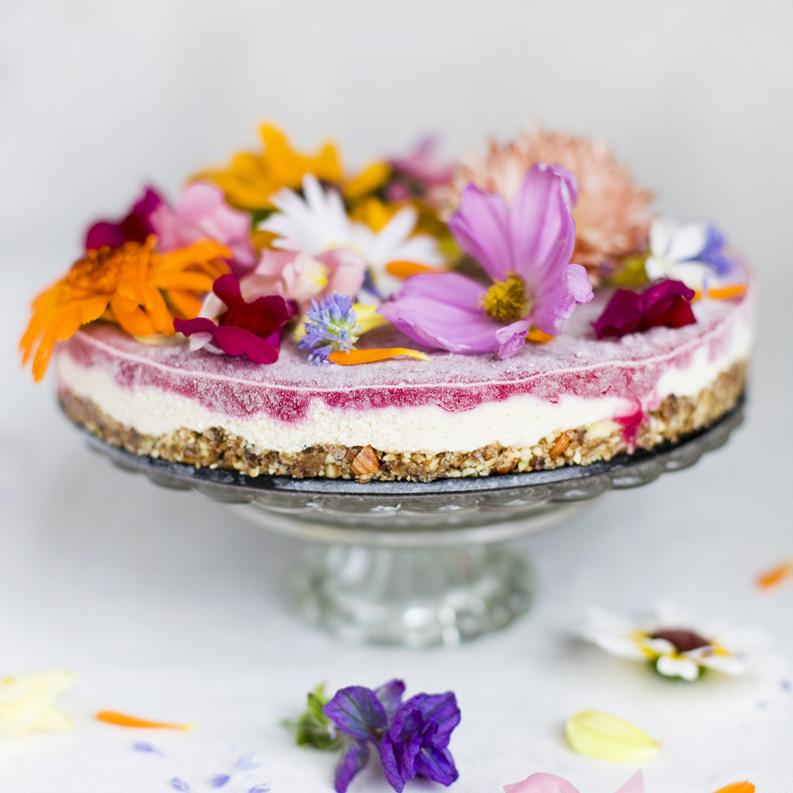 "<strong>Get the <a href=""http://www.greenkitchenstories.com/flower-power-cake/"" target=""_blank"">Flower Power Cake recipe</a>"