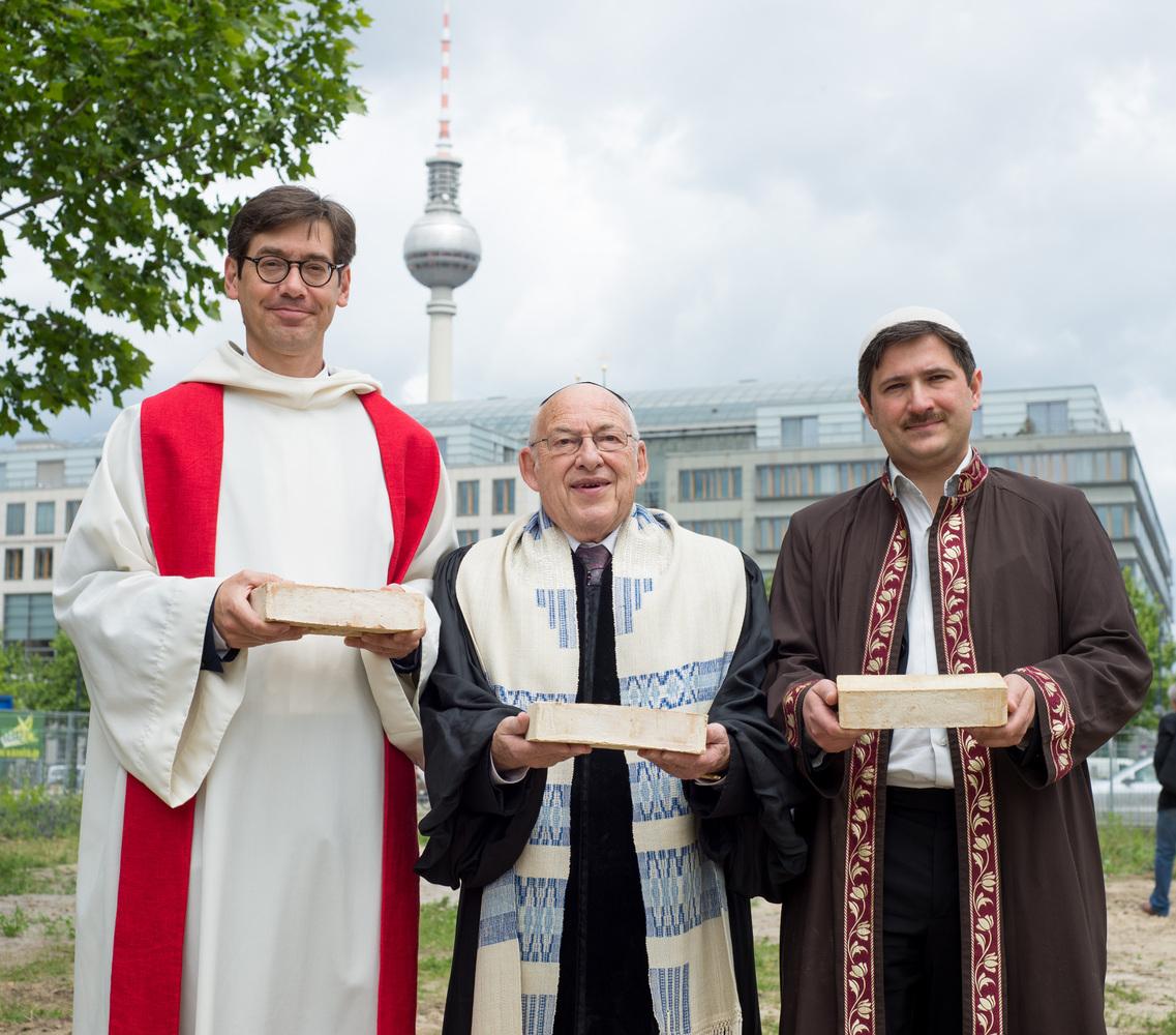 Pfarrer Gregor Hohberg, Rabbiner Dr. Tovia Ben-Chorin and Imam Kadir Sanci.