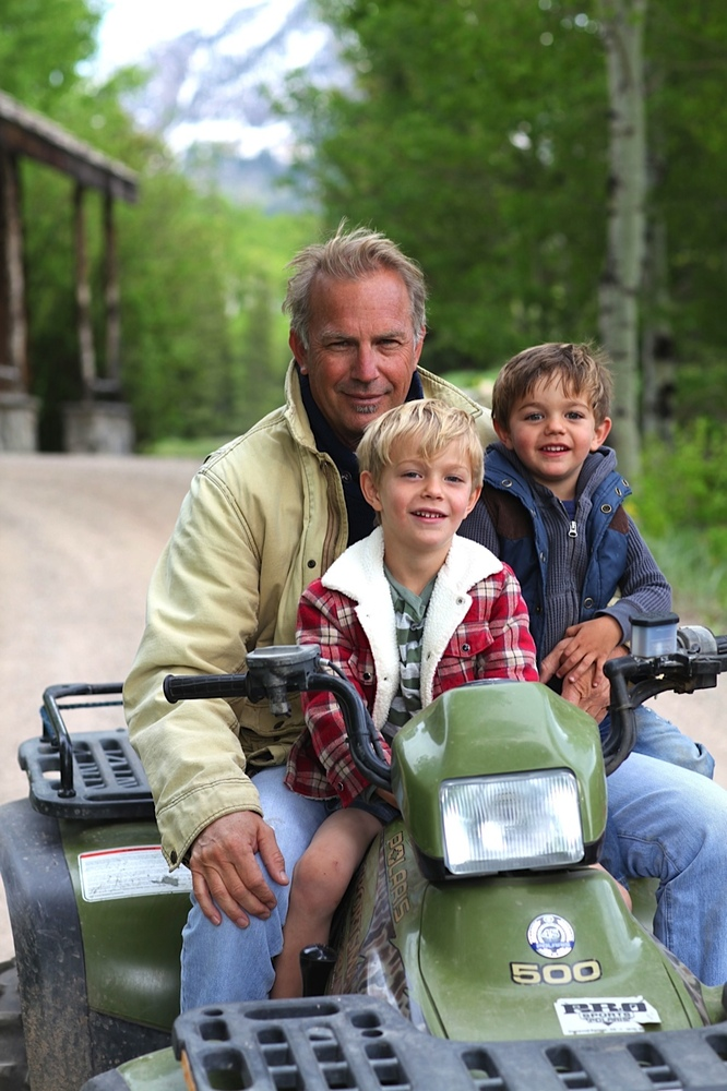 Costner with sons Cayden (L), and Hayes (R).