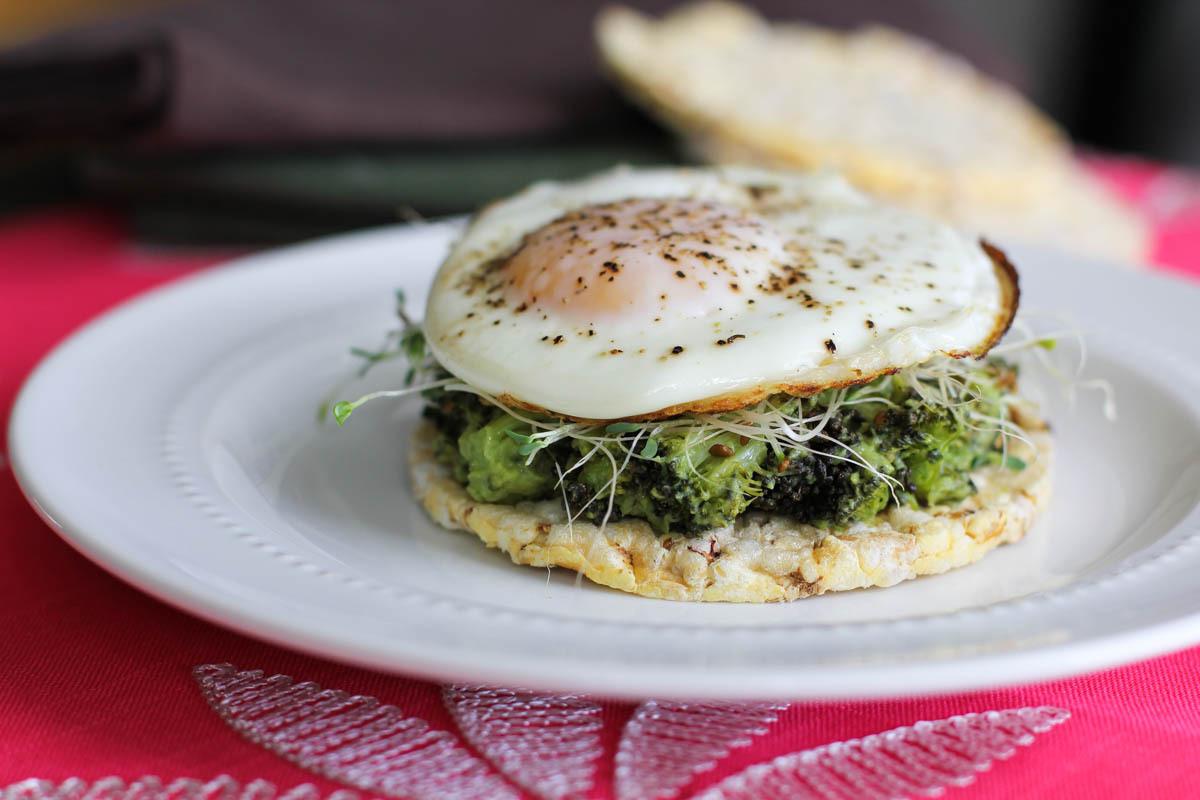 "<a href=""http://www.juliesjazz.com/broccoli-avocado-egg-toast/"" target=""_blank"">Get the recipe from Julie's Jazz here. </a>"