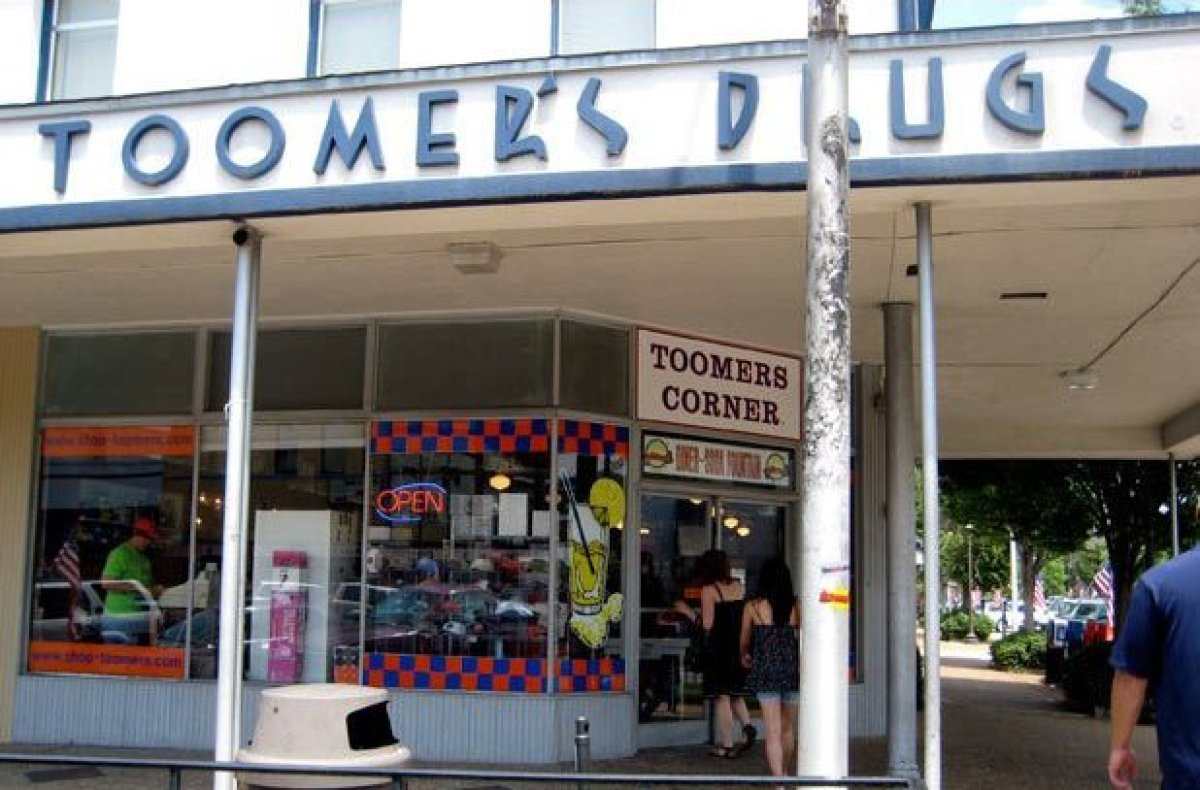 At Toomer's you won't find cutesy, touristy soda fountain traditions. An Auburn staple since 1896, Toomer's is its own tradit