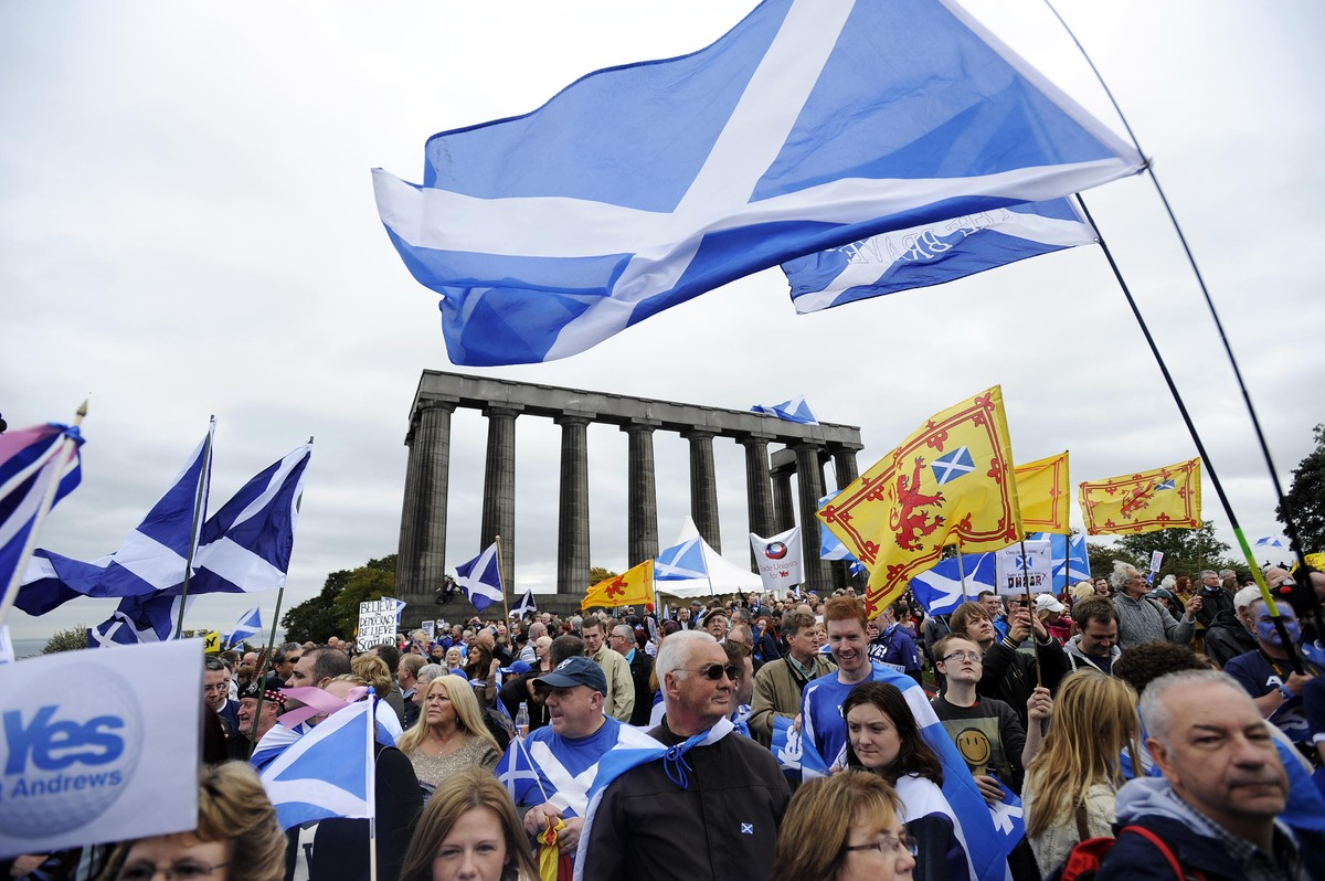 "Scottish national identity dates back to <a href=""http://www.bbc.co.uk/news/special/politics97/devolution/scotland/briefing/h"