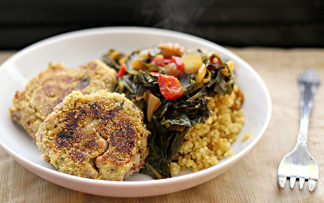 "<strong>Get the <a href=""http://joanne-eatswellwithothers.com/2012/06/recipe-black-eyed-pea-cakes-with-collard-greens-eat-liv"