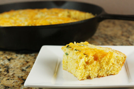 "<strong>Get the <a href=""http://www.macheesmo.com/2011/01/jalapeno-cheddar-cornbread/"" target=""_blank"">Jalapeno Cheddar Cornb"