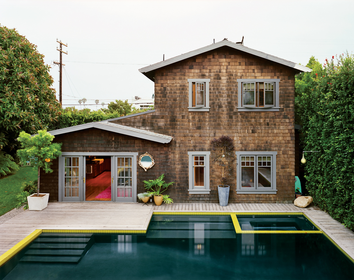 """<a href=""""http://www.dwell.com/outdoor/article/master-stroke"""" target=""""_blank"""">Photo by David Allee</a>"""