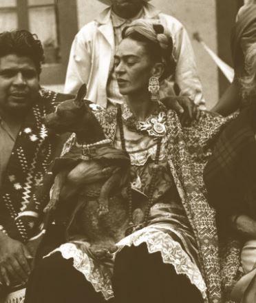 Painter Frida Kahlo's home, Casa Azul, was filled with exotic pets with creative names -- Fulang Chang, a.k.a. Bonito, an Ama