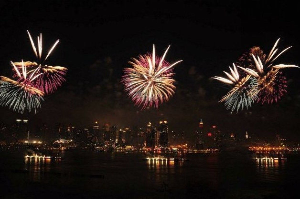 The city that never sleeps is home to the biggest fireworks display in the U.S. The show, hosted by Macy's, will feature big