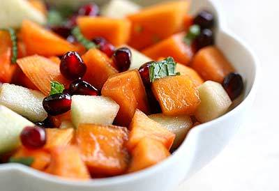 """<strong>Get the <a href=""""http://www.simplyrecipes.com/recipes/persimmon_pomegranate_fruit_salad/"""" target=""""_blank"""">Persimmon P"""