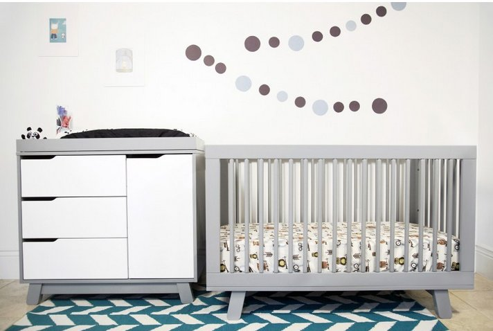 """<strong>Try <a href=""""https://www.babyletto.com/hudson-3-in-1-convertible-crib"""" target=""""_blank"""">Babyletto's Hudson 3-in-1 conv"""
