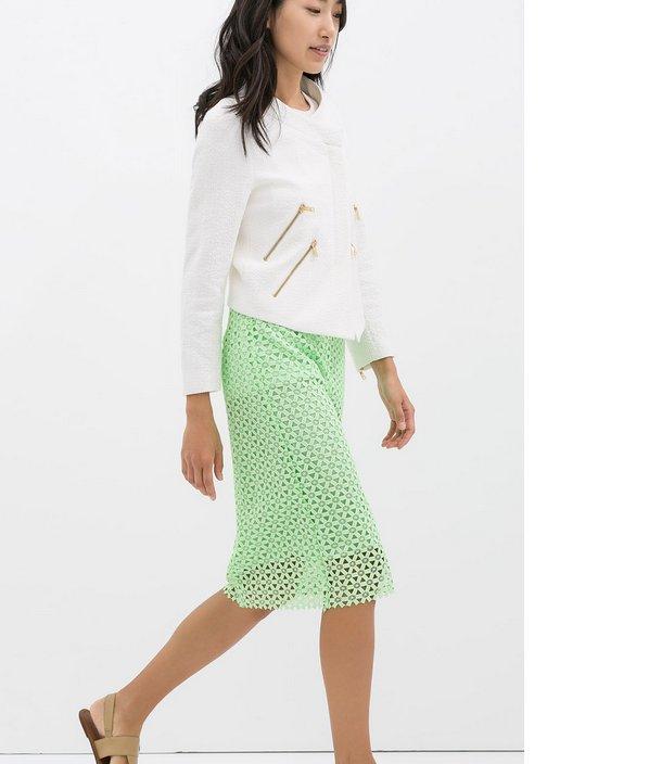"$49, <a href=""http://www.zara.com/us/en/sale/woman/skirts/guipure-lace-pencil-skirt-c437604p1870519.html"" target=""_blank"">Zar"