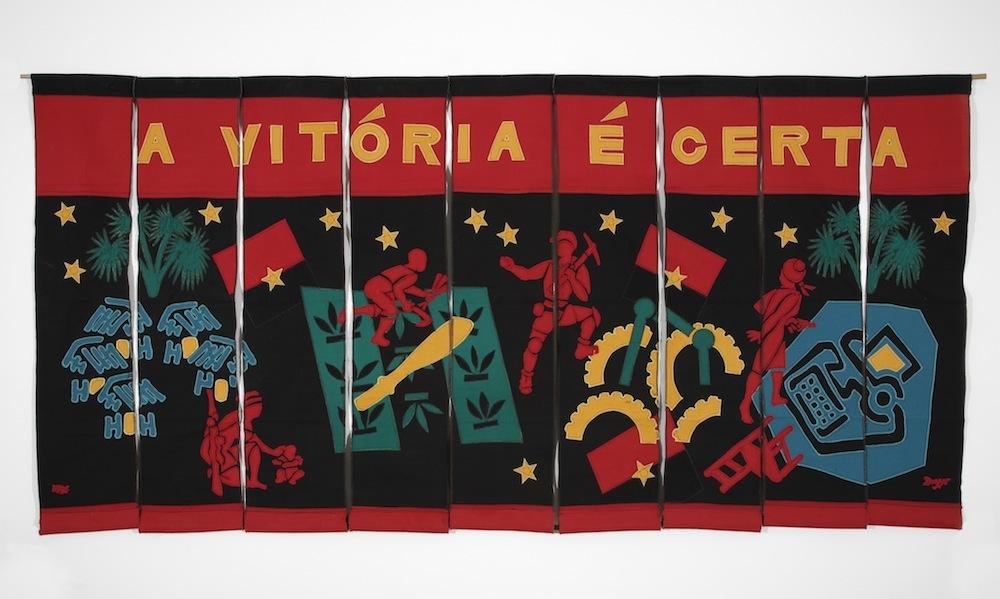 John Dugger. Model for Angola Banner, 1976. Banner with 9 strips of fabric, 107 x 220 cm. © John Dugger, England & Co Gallery