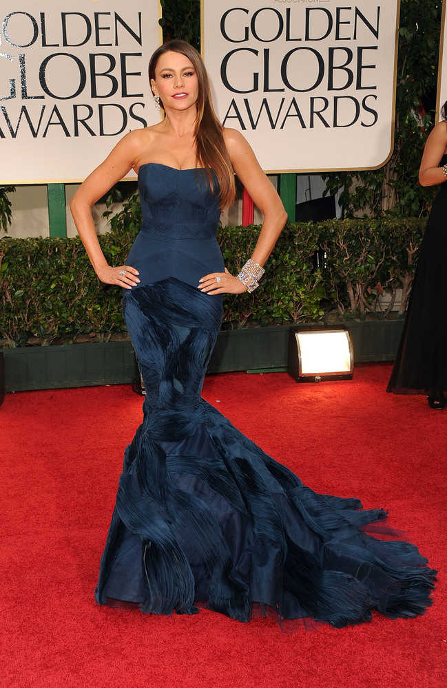 11 Times Sofia Vergara Wore The Exact Same Dress And Looked Stunning Huffpost