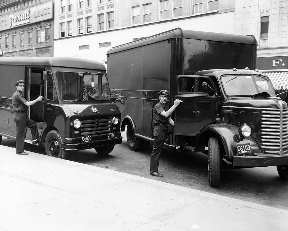 These Old School Photos Show The Evolution Of UPS\' Big Brown ...