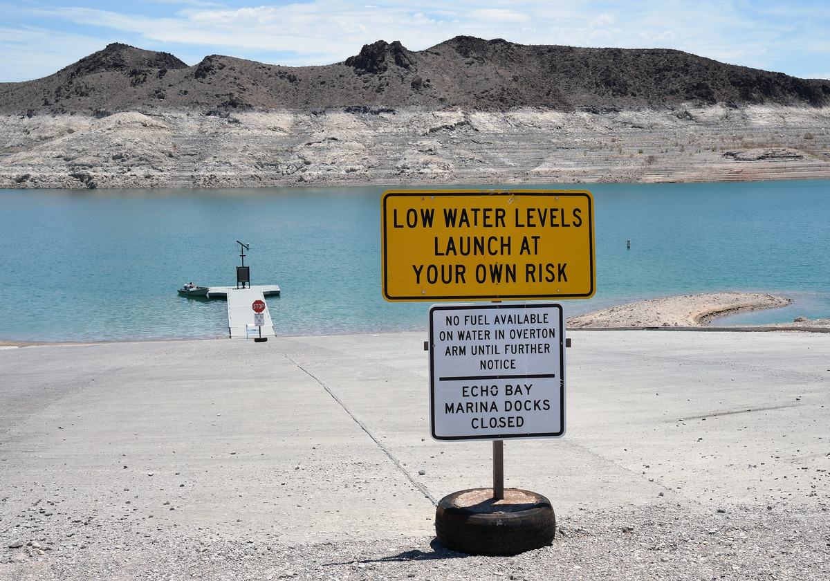 A sign at the Echo Bay launch ramp warns boaters about low water levels on July 13, 2014 in the Lake Mead National Recreatio