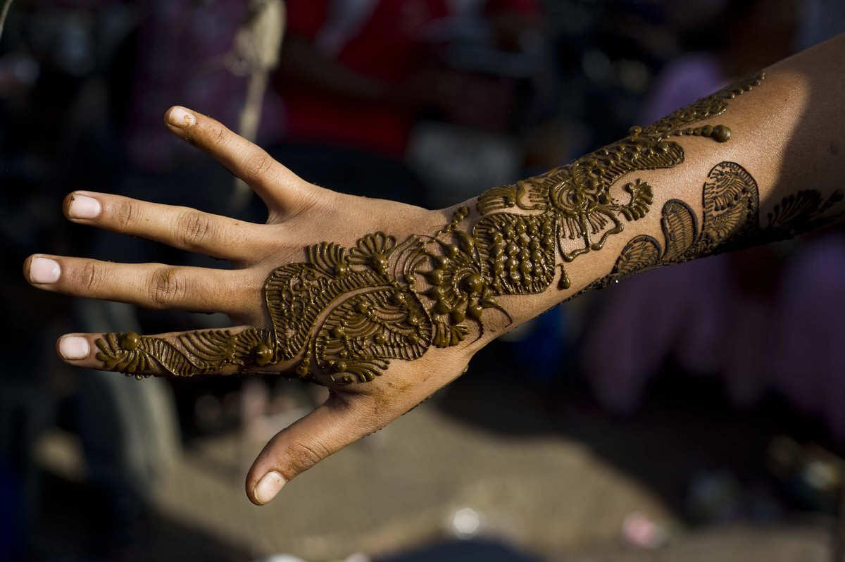 Traditional Indian Henna Designs: Chaand Raat! Beautiful Henna Designs To Celebrate The End