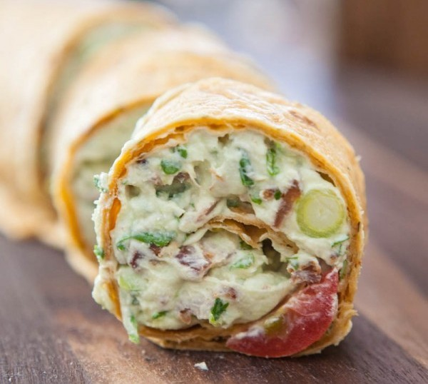 "<strong>Get the <a href=""http://eclecticrecipes.com/avocado-cream-cheese-snack-roll-ups"" target=""_blank"">Avocado Cream Cheese"