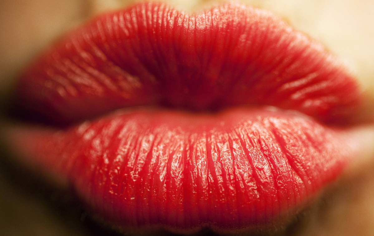 """Early in the Greek empire, red lipstick or lip paint signaled that a <a href=""""http://dash.harvard.edu/bitstream/handle/1/1001"""