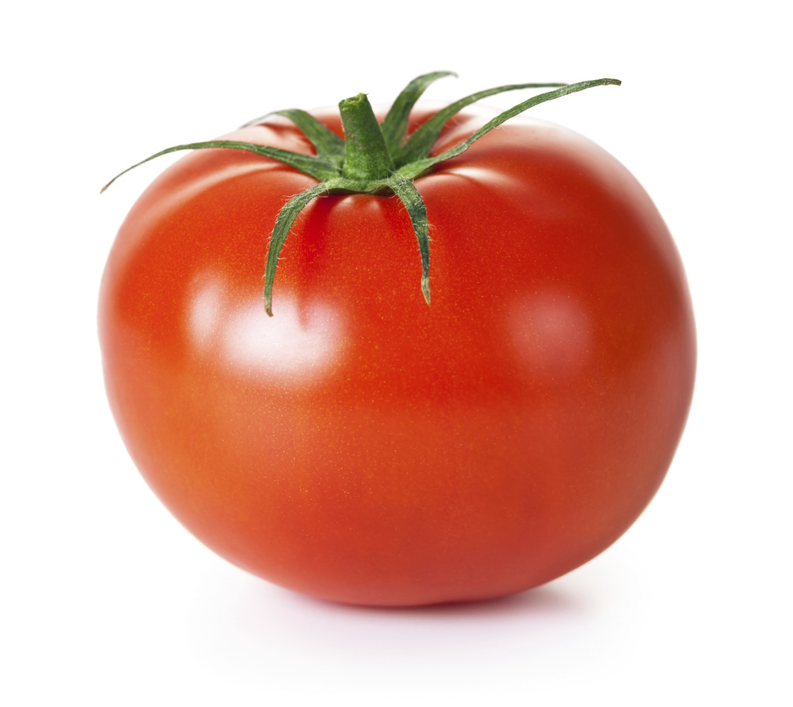 This is embarrassing, so get it straight: Tomato does not have an E. Two or more tomatoes (as in the plural of tomato), has a