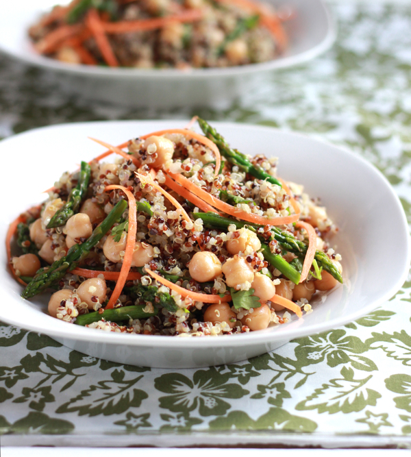 "<strong>Get the <a href=""http://www.theclevercarrot.com/2013/03/curried-quinoa-asparagus-salad/"" target=""_blank"">Curried Quin"
