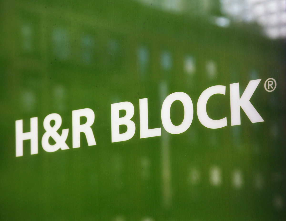 > 10-year change in revenue: -29% > Revenue (last fiscal year): $3.0 billion   H&R Block's revenue decline over the past deca