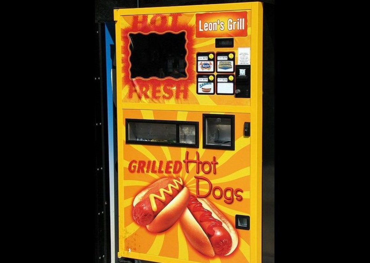 Hot dog vending