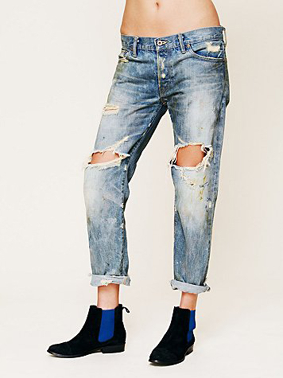 """$298, <a href=""""http://bit.ly/X5lOgy"""" target=""""_blank"""">FreePeople.com</a>"""